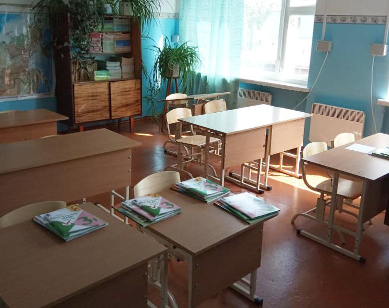 Глава Омского муниципального района Долматов Г.Г. принял решение сохранить школу в д. Калачево